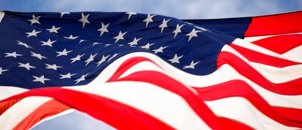 flag-1291945_19203